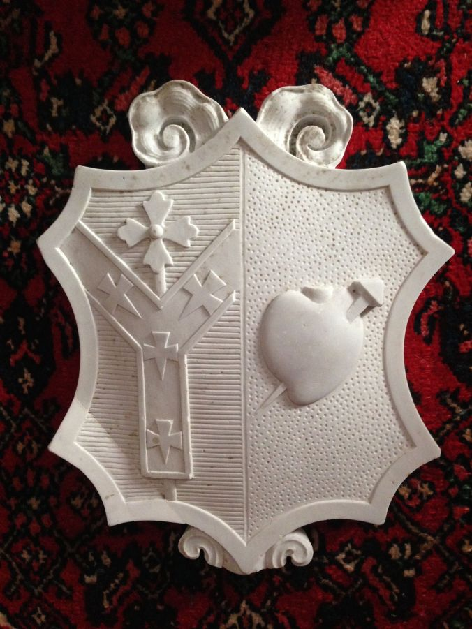 The Arms of Cardinal Logue carved in statuary marble from the Cathedra. (Author's Collection)